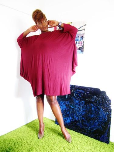 Ma petite robe bordeaux portée par Fayçalath