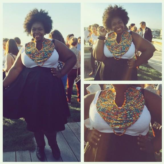 Ici quelques photos de Vanoue lors de la soirée présentation de Netflix il y a quelques mois avec l'un de ses colliers Mis Wudé