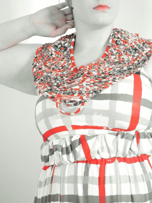 Collier Mis Wudé, Robe bustier N'sqol - Picture by Nafissath Abdoulaye