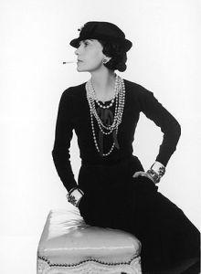 Coco Chanel et ses colliers de perles