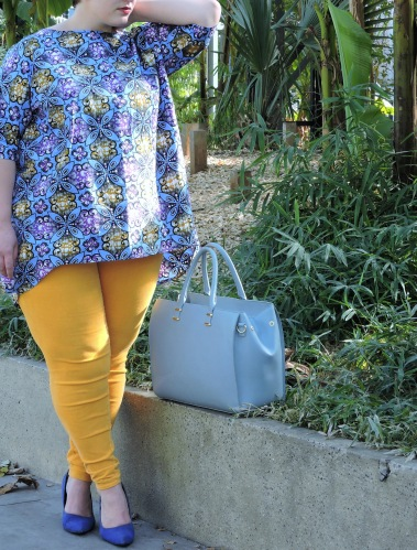 Le pantalon jaune après