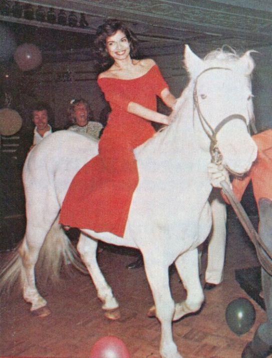 Bianca Jagger fête ses 30 ans au Studio 54 - 1977