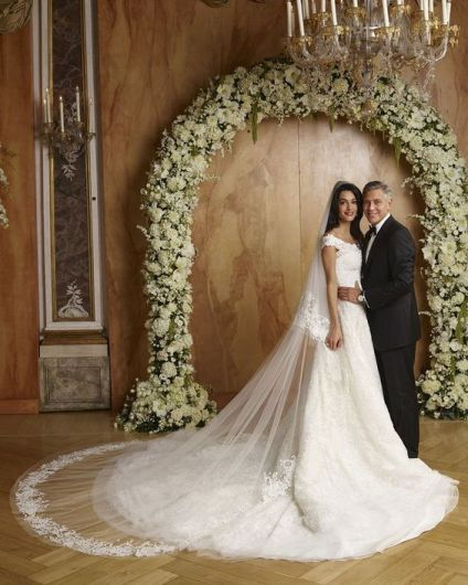 La robe de mariée de Amal Clooney par Oscar De la Renta