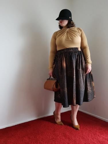 Jupe Tanguari noire ; Longueur: 78cm