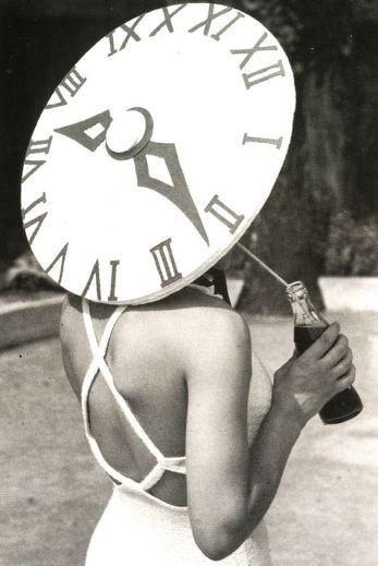 Le chapeau horloge d'Elsa Schiaparelli