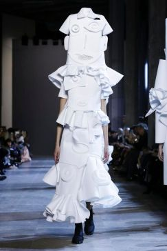 Viktor and Rolf - Spring summer 2016 in Paris