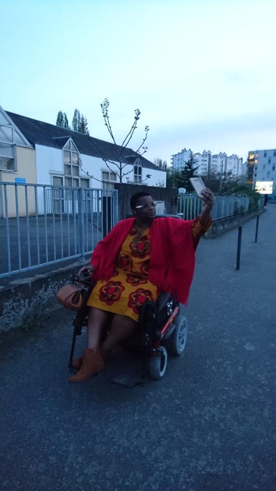Nafissath Abdoulaye - Un instant deux moi